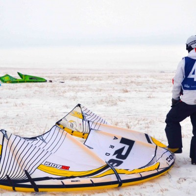 A Lesson in Snowkiting on the Prairies